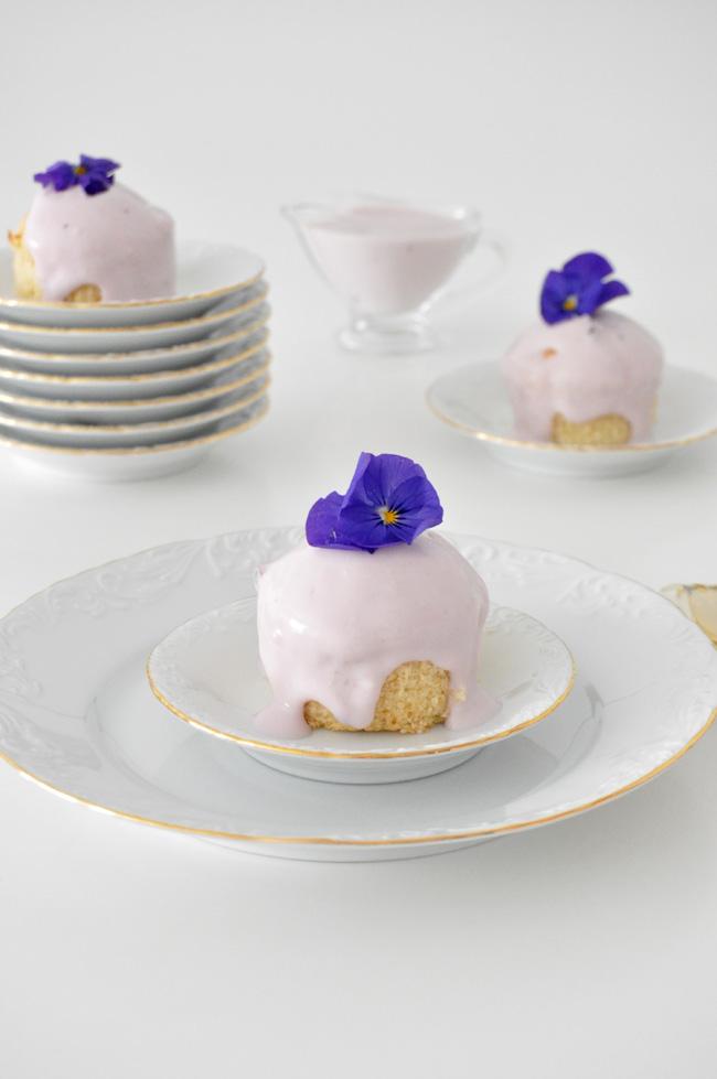 cupcakes de yogurt con arandanos y queso