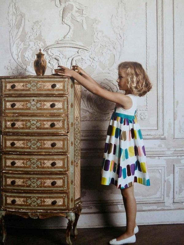 Retro-50s-splash-print-on-this-Baby-Dior-summer-2013-girls-dress-768x10241