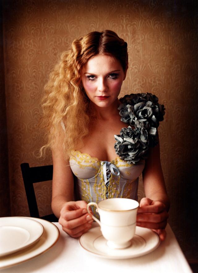 david-lachapelle-kirsten-dunst-tea1