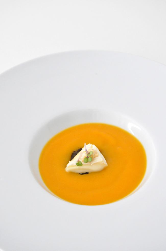 crema de zanahoria con tostada