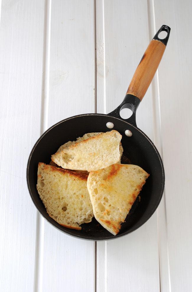 mollete de antequera tostado
