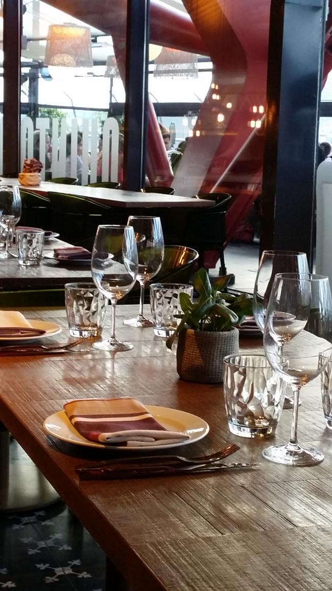 Restaurante Quinto Quinta en Las Arenas de Barcelona