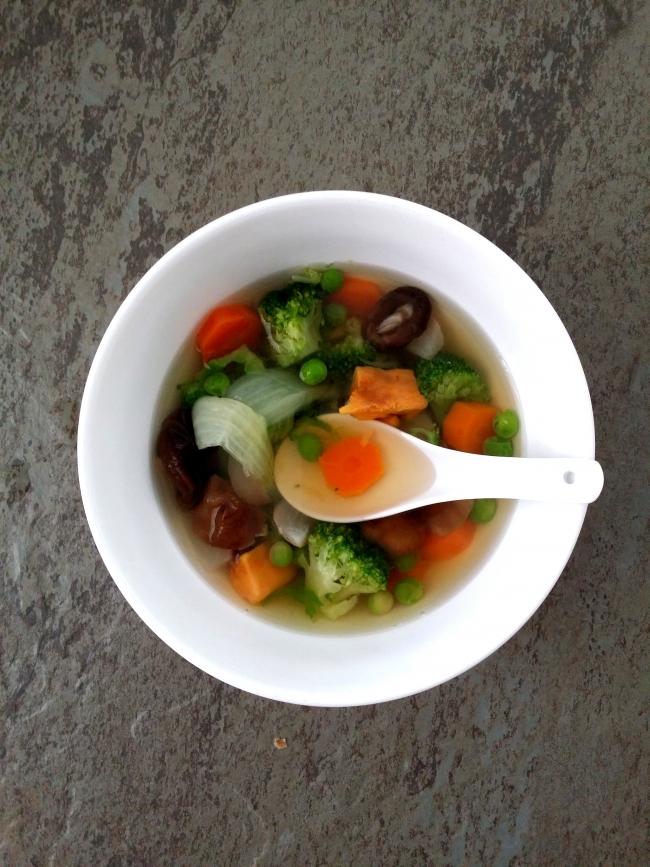 caldo depurativo y verduras