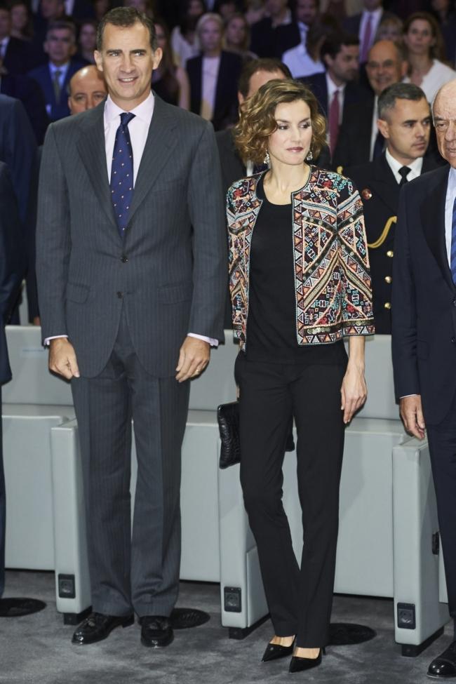 Reina Letizia usa Uterque