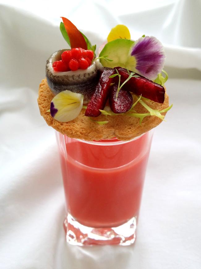 aperitivo con cerezas del jerte