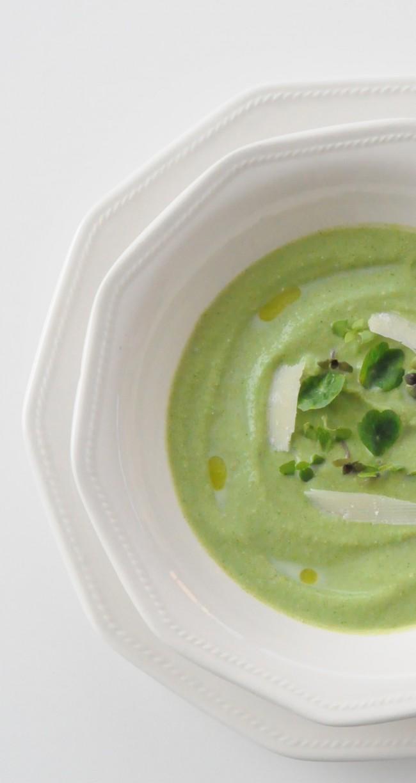crema de brocoli y anacardos